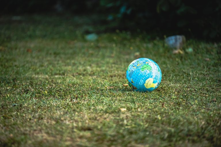 5 Simple Ways to Help Save the Planet (and Benefit Yourself) on Mother Earth Day